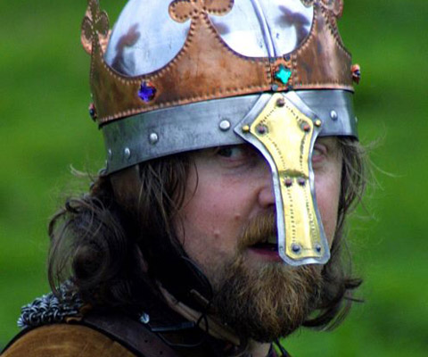 King Osbert, played by Peter Holyoake, also known as Dagmaer
